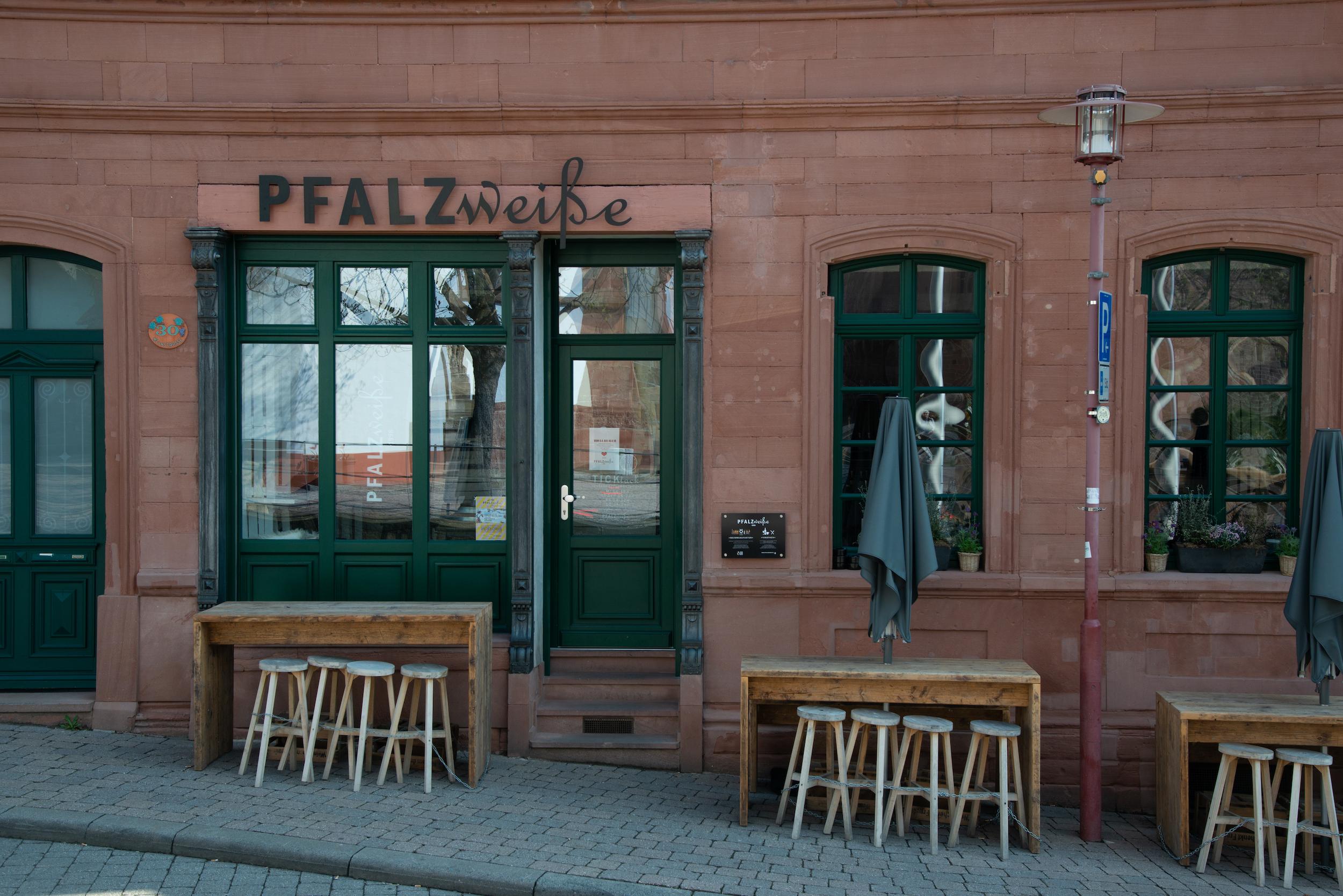Weinausschank Pfalz Weiße