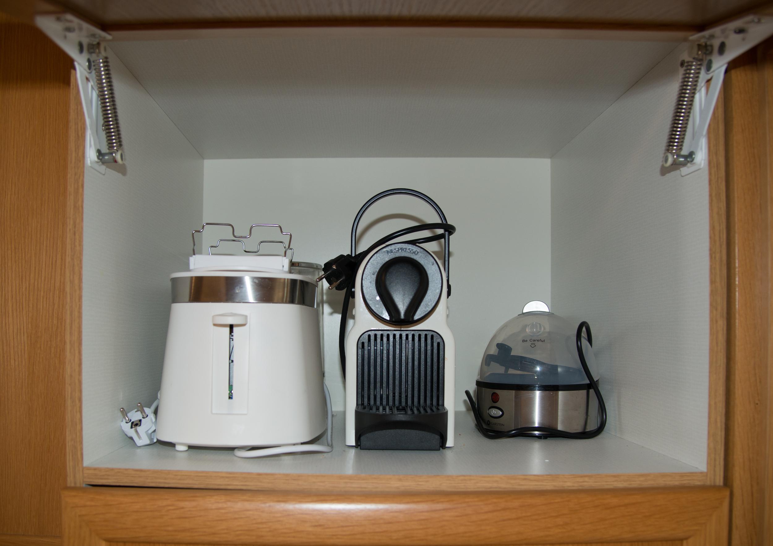 Toaster & Nespresso